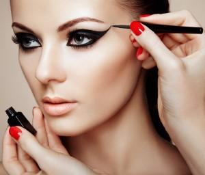 Hızlı, Kolay ve Güzel Makyaj Teknikleri