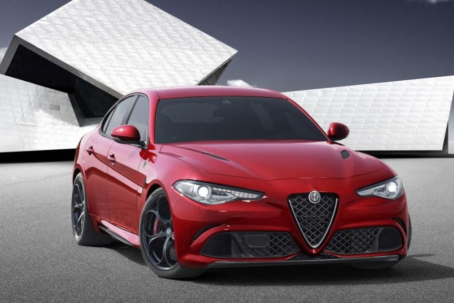 Yeni Alfa Romeo Giulia Ön Görünüşü
