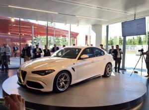 Yeni Alfa Romeo Giulia Ön Perspektif Görünüşü