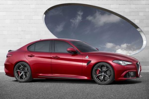 Yeni Alfa Romeo Giulia yandan görünüşü